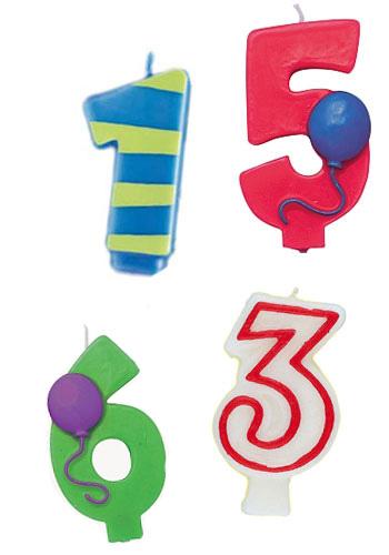 Bunte Geburtstagskerzen in Zahlen-Form