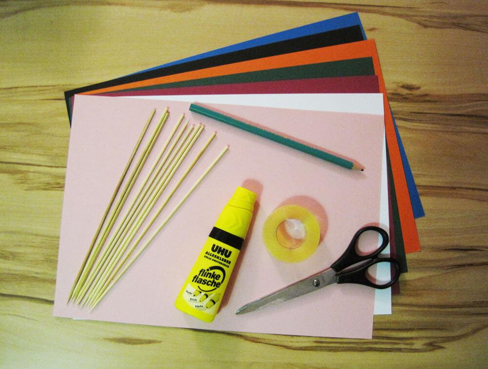 Bastelmaterial für Foto-Verkleidungen