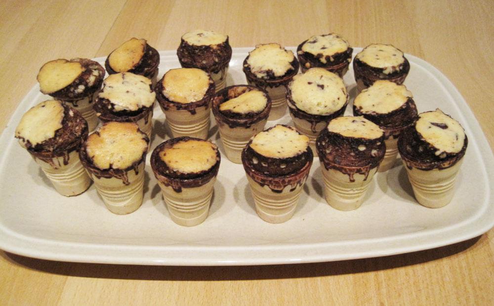 Rezept stracciatella muffins in eiswaffel - Muffins dekorieren ...