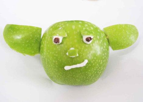 Apfel im Yoda-Design