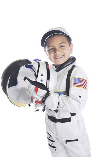 Kind im Weltraum-Anzug