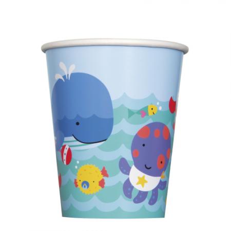 Pappbecher mit Unterwasser-Motiven