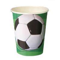 Pappbecher mit Fußball-Motiv