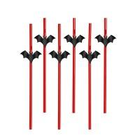 Rote Strohhalme mit Feldermäusen