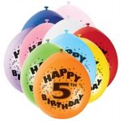 Bunte Luftballons mit der Zahl Fünf